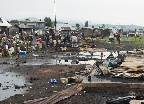 Democratic Republic of the Congo, North Kivu province, Kitchanga downtown. The insanitary conditions next to the market worsen the situation of the residents affected by the recent violence.